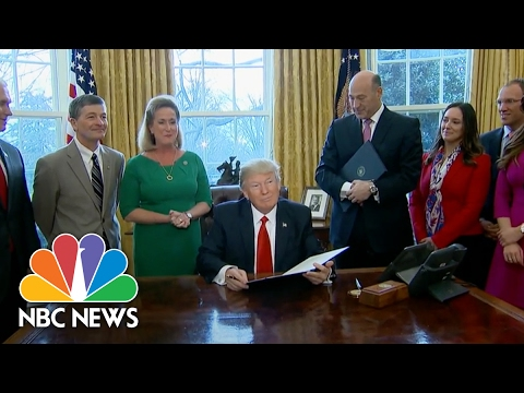 President Trump Goes After Dodd-Frank In Executive Order | NBC News