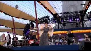 Annie Lennox - There Must Be An Angel (Queen's Diamond Jubilee Concert)