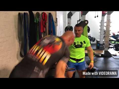 Jak budować mięśnie w kachok gry