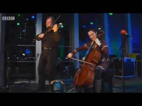 "Alasdair Fraser and Natalie Haas playing ""Grand Etang / Hull's Reel"" live on BBC Radio Scotland"