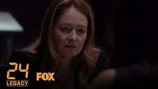 Extrait 105 : Rebecca annonce à Nilaa qu'elle n'est plus suspecte