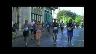 preview picture of video '3/6 CUBA MARATHON 2011 HAVANA - BEAUTIFUL WOMEN RUNNING'