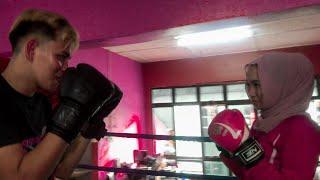 Cinta Muay Thai