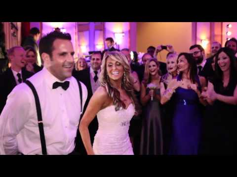 SURPRISE First Wedding Dance Video (Bride & Groom)