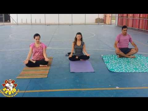 Yoga na Praça do Pac com a Professora Tatiana