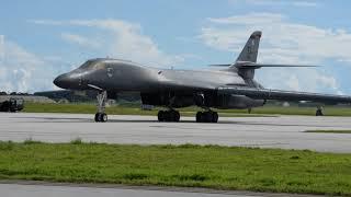 US B-1B