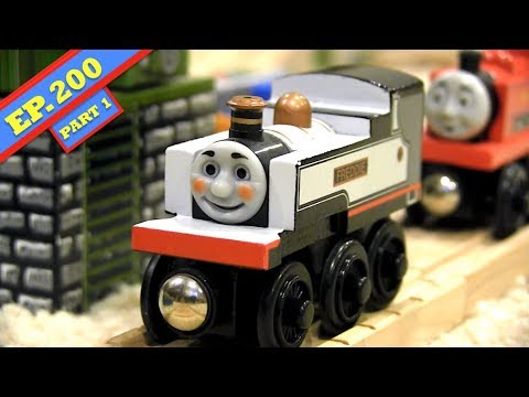 Freddie at the Ready (Part 1) | Thomas & Friends Wooden Railway Adventures | Episode 200
