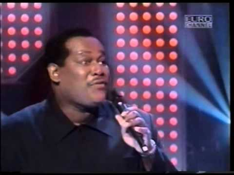 Música Ain't No Stopping Us Now (Featuring Luther Vandross