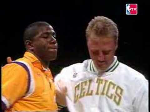 lowest price e21be 1a0b3 Relive the Moment: Larry Bird Enjoys Retirement Ceremony ...