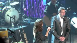 Amy Grant and Vince Gill, Till The Season Comes Round Again