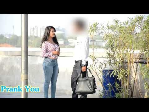 Hot Girl Asking (Apke pass kitne inch ka hay?)😧😛😋🍌 Screenshot 2