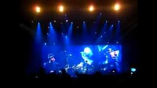 Oxegen 2011 - Coldplay Featuring Christy Moore Ride On