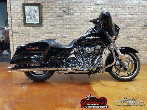 2017 Harley-Davidson Street Glide® in Big Bend, Wisconsin - Video 1