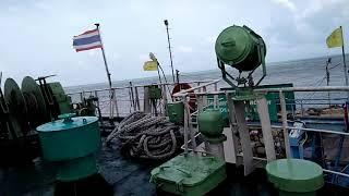 preview picture of video 'ขึ้นเรือเฟอร์รีลำใหญ่ ไปเที่ยวเกาะพะงัน !!!'