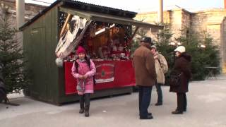 preview picture of video 'Christkindlmarkt auf der Festung Kufstein 1.12.2012.mp4'