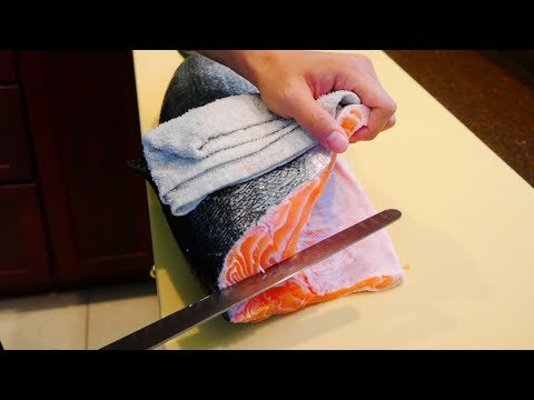 How to Fillet Salmon for Sushi with Special Knife | (三文鱼寿司) | (サーモン寿司)