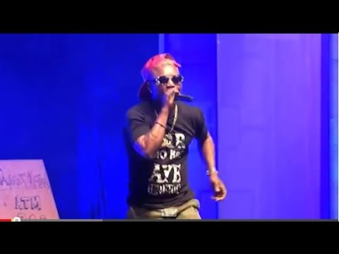 Oritse Femi thrills the audience at Yaw Live #TheStreet (A must Watch)