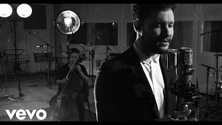 Calum Scott - White Christmas (1 Mic 1 Take/Live From Abbey Road Studios) - Video Youtube