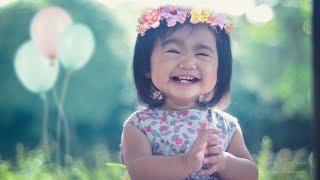 Photo Slide Show Of Baby Alexas Pre-First Birthday Photoshoot