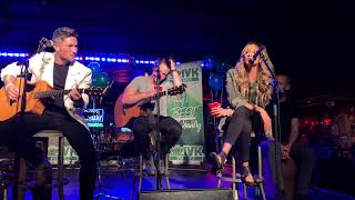 """Michael Ray & Carly Pearce """"When You Say Nothing At All"""""""