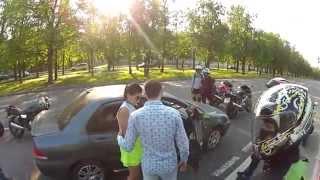 Нападение байкеров на машину! (с неожиданным концом!)