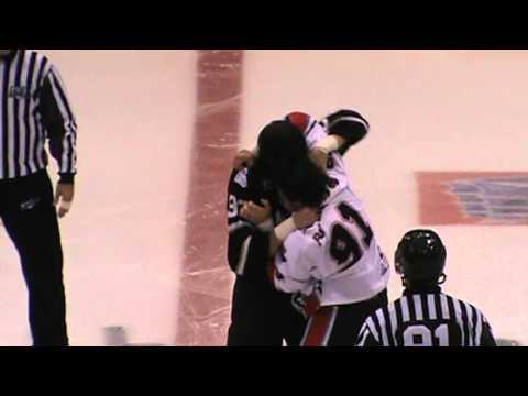 Alex Penner vs Hubert Poulin