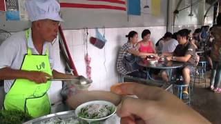 preview picture of video 'Pasar Air Itam Laksa, Food Hunt, P1, PHv1, P16, Gerryko Malaysia'