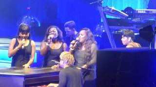 Fantasia Live In Tampa, Florida! Singing Lose To Win,  Along With Dennis Reed & Gap...Necessary