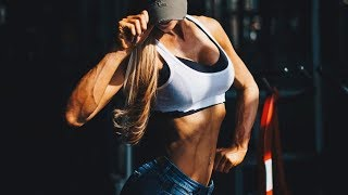 Female fitness motivation - Choose To Be Strong!