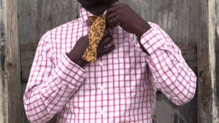preview picture of video 'How to Tie a Bow Tie | Lion's Thread'