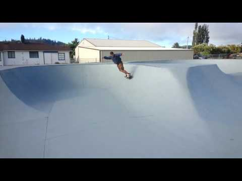 Ol'dude Sk8 session Aberdeen Wa,  summer 2014.