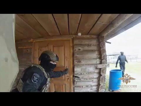 Сотрудники МВД России пресекли деятельность подпольной нарколаборатории