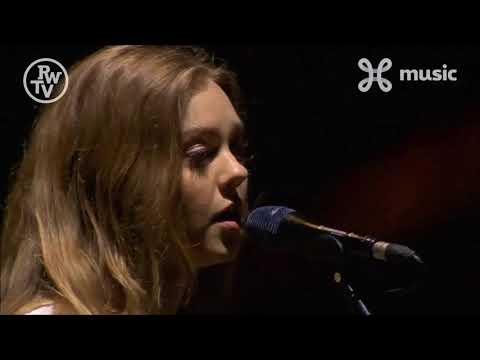 First Aid Kit - Running Up That Hill (Kate Bush Cover) live at Rock Werchter