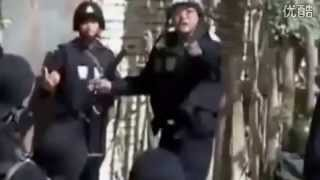 preview picture of video 'Civilians assist police to eliminate terrorists in northwest China'