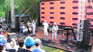 DEVO - PEEK-A-BOO live at the MINNESOTA ZOO