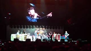Foo Fighters Featuring RICK ASTLEY  Never Gonna Give You Up