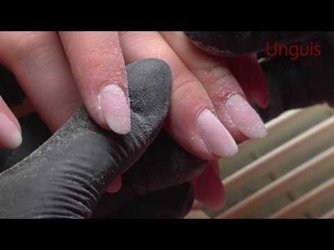 Wasser- gribok auf der Finger der Beine