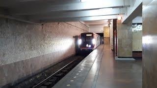 Поезд 81-765.2/766.2/767«Москва» на Филёвской линии
