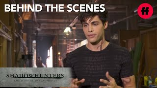 Shadowhunters | Behind the Scenes Season 1: Matthew Daddario Talks About Alec