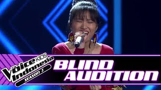 Evelyn - Crazy   Blind Auditions   The Voice Kids Indonesia Season 3 GTV 2018