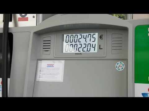 Die Veränderung der Marke des Benzins