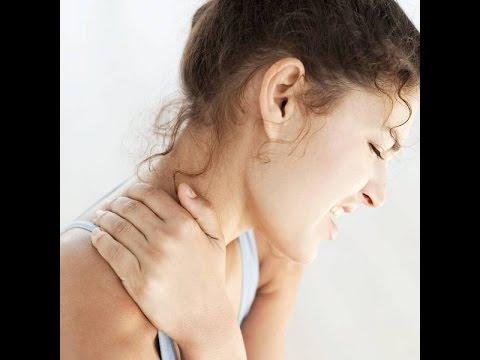 При грудном остеохондрозе болит рука