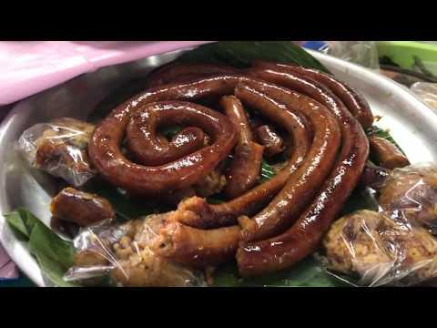 พาชมตลาดเก่านางเลิ้ง ไส้กรอกปลาแนม ชิมขนมผักกาดโบราณ NANG LOENG Old market