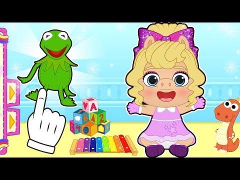 BEBE LILY 🐷🐸 Disfraz de la cerdita Peggy de Muppets Baby | Dibujos animados infantiles
