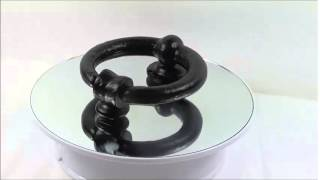 preview picture of video 'Cast iron ring door knocker'