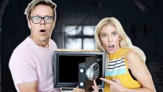 Opening The Abandoned Safe! (Hidden Mystery Treasure)