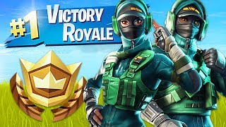 Winning In Squads!  Pro Fortnite Player  2000 Wins (Fortnite Battle Royale Gameplay)