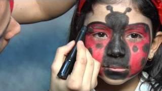 Maquillaje de fantasía de mariquita