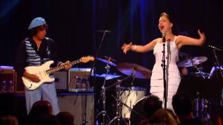 Jeff Beck & Imelda May band - Walking in the Sand (Remember)