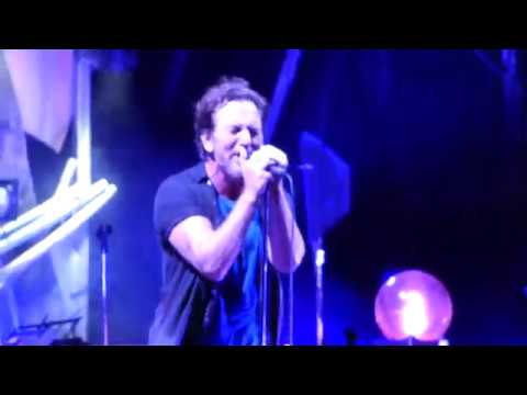 Pearl Jam - Tremor Christ - Fenway Park (September 2, 2018)